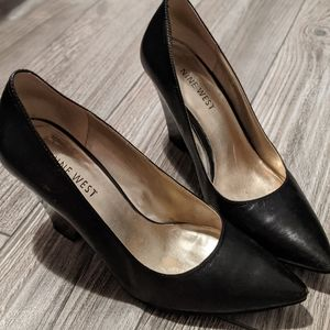 Nine West | Leather Pointed Toe Heel Size 6
